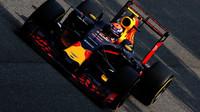 Max Verstappen s otevřeným DRS v kvalifikaci na Monze