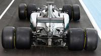 Mercedes názorně ukazuje rozdíl mezi pneumatikami pro sezónu 2016 a 2017