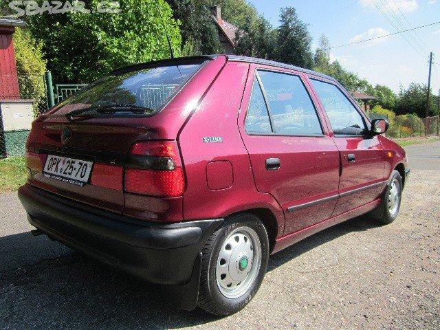 Na prodej je Škoda Felicia s minimem kilometrů a v úžasném stavu.