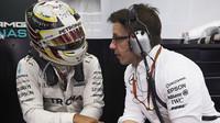 Hamilton má problémy, nenastoupil k testování pneumatik v Barceloně - anotační obrázek