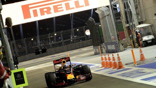 Daniel Ricciardo byl blízko, ale vítězství mu stejně jako v Monaku uniklo