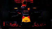 Max Verstappen v kvalifikaci v Singapuru
