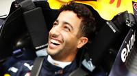 Daniel Ricciardo při sobotním tréninku v Singapuru
