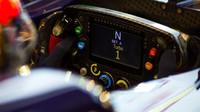 Volant Toro Rosso v kvalifikaci v Singapuru