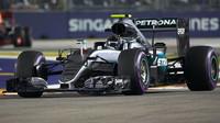 Nico Rosberg v závodě v Singapuru