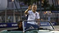 Valtteri Bottas při prezentaci před závodem v Singapuru