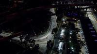 Po startu závodu v Singapuru