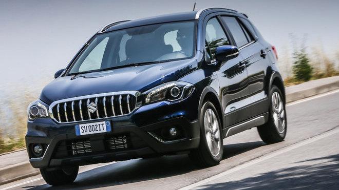 Na český trh přichází omlazené Suzuki S-Cross.