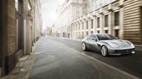 Ferrari GTC4 Lusso T je prvním čtyřmístným modelem značky s přeplňovaným osmiválcem.