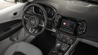 Jeep Compass Limited americká specifikace