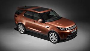 Nový Land Rover Discovery obrousil hrany, je ale větší než X5 a schopnější než předchůdce - anotační obrázek