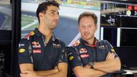 Daniel Ricciardo a Christian Horner v Malajsii