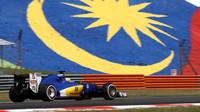 Marcus Ericsson při pátečním tréninku v Malajsii