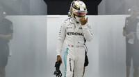 Lewis Hamilton v kvalifikaci v Malajsii