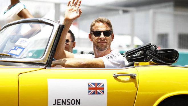 Jenson Button se před odchodem z F1 těší zájmu médií