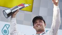 Stane se Rosberg pátým pilotem, který v Brazílii oslaví premiérový titul?