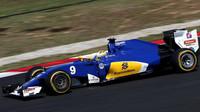 Marcus Ericsson v závodě v Malajsii