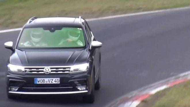 VW testuje zběsile znějící Tiguan. Proč má čtyři koncovky výfuku? - anotačné foto