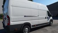 Ministerstvo vnitra prodává v aukci zabavená auta kvůli trestné činnosti, zde Citroën Jumper.