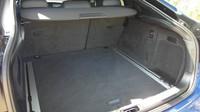 Ministerstvo vnitra prodává v aukci zabavená auta kvůli trestné činnosti, zde BMW X6 M.