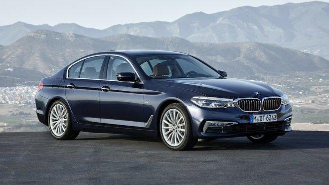 Nové BMW řady 5 s bohatou výbavou stojí ani ne 1,3 milionu. Kdy dorazí první kusy? - anotačné foto
