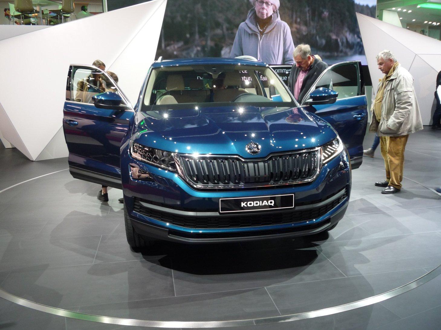 Na autosalonu v Paříži jsme nabírali první dojmy z nového SUV Škoda Kodiaq.