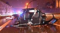 Totálně zničené BMW i8