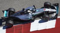 Lewis Hamilton při pátečním tréninku v Austinu