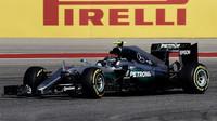 Nico Rosberg při pátečním tréninku v Austinu