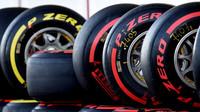 Button: Problémy s pneumatikami se mohou postarat o zajímavý start - anotační foto