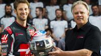 Romain Grosjean a Gene Haas v Austinu