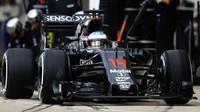 Fernando Alonso v závodě v Austinu
