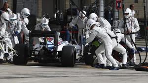 Zastávky v boxech: Williams 14krát nejrychlejší, rekordní přezutí zvládl za 1,92 s + VIDEO - anotační obrázek