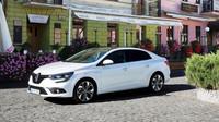 Renault opět vyráží do boje s Octavií. Mégane GrandCoupé pořídíte pod 350 tisíc