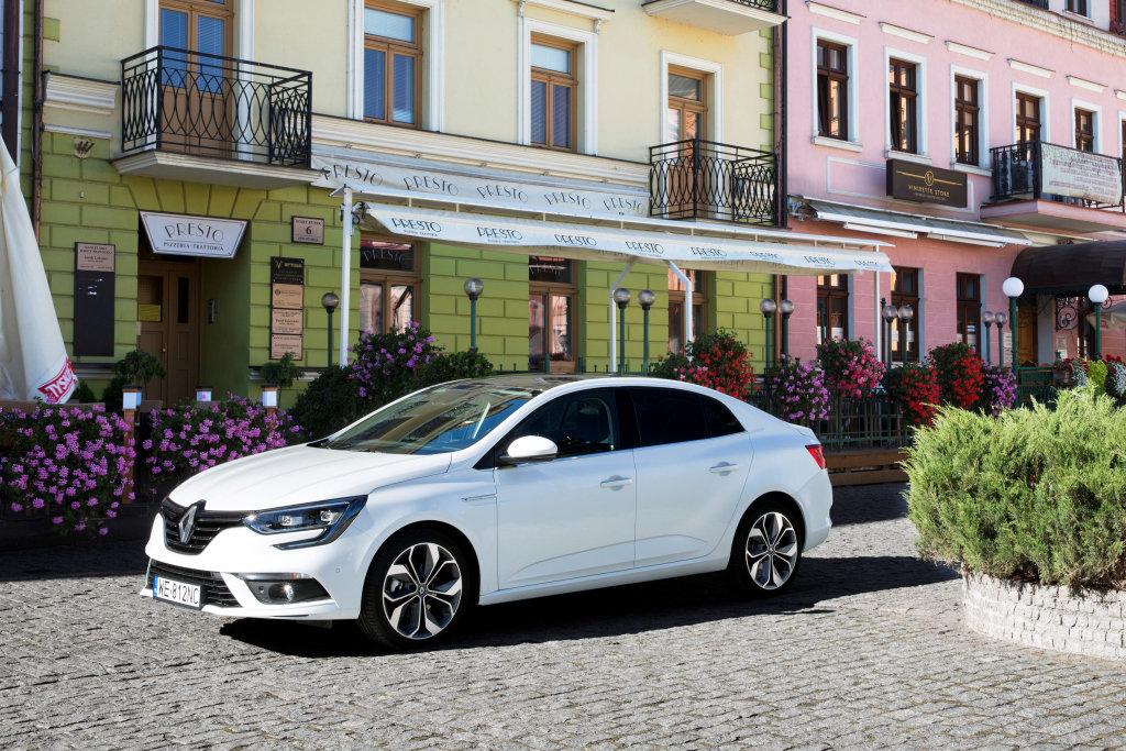 Renault opět vyráží do boje s Octavií. Mégane GrandCoupé pořídíte pod 350 tisíc - anotační foto