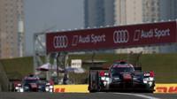 Audi R18 e-tron quattro posádky André Lotterer, Marcel Fässler, Benoit Tréluyer nebude na svůj poslední závod v Číně vzpomínat v dobrém