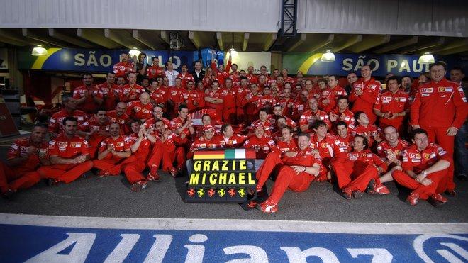 Ferari po vítězství v Brazílii 2006