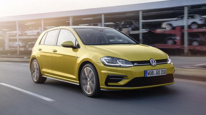 Volkswagen Golf zná po modernizaci české ceny.