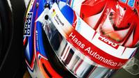 Romain Grosjean v kvalifikaci v Brazílii