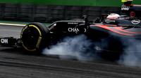 Jenson Button probrdzil v kvalifikaci v Brazílii