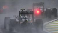Sergio Pérez počas deštivého závodu v Brazílii