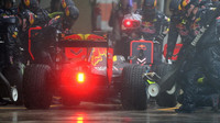Daniel Ricciardo počas deštivého závodu v Brazílii
