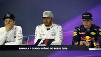 Nico Rosberg, Lewis Hamilton a Max Verstappen na tiskové konferenci v Brazílii 2016