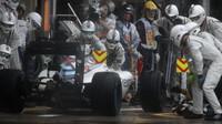 Felipe Massa staví v boxech