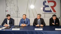 Zástupci BR Engineering a Dallara podepisují dohodu o spolupráci