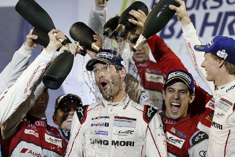 Mark Webber se se svou profesionální kariérou rozloučil třetím místem v Bahrajnu 2016