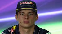 """""""Momentálně bych nabídku Ferrari nepřijal,"""" tvrdí Verstappen - anotačno foto"""