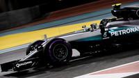 Nico Rosberg v kvalifikaci v Abú Zabí