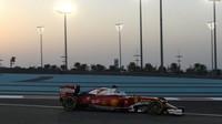 Sebastian Vettel v závodě Abú Zabí