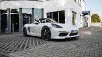 TechArt se pustil do úpravy nového Porsche 718 Boxster. Jeho výkon vás ohromí - anotační foto